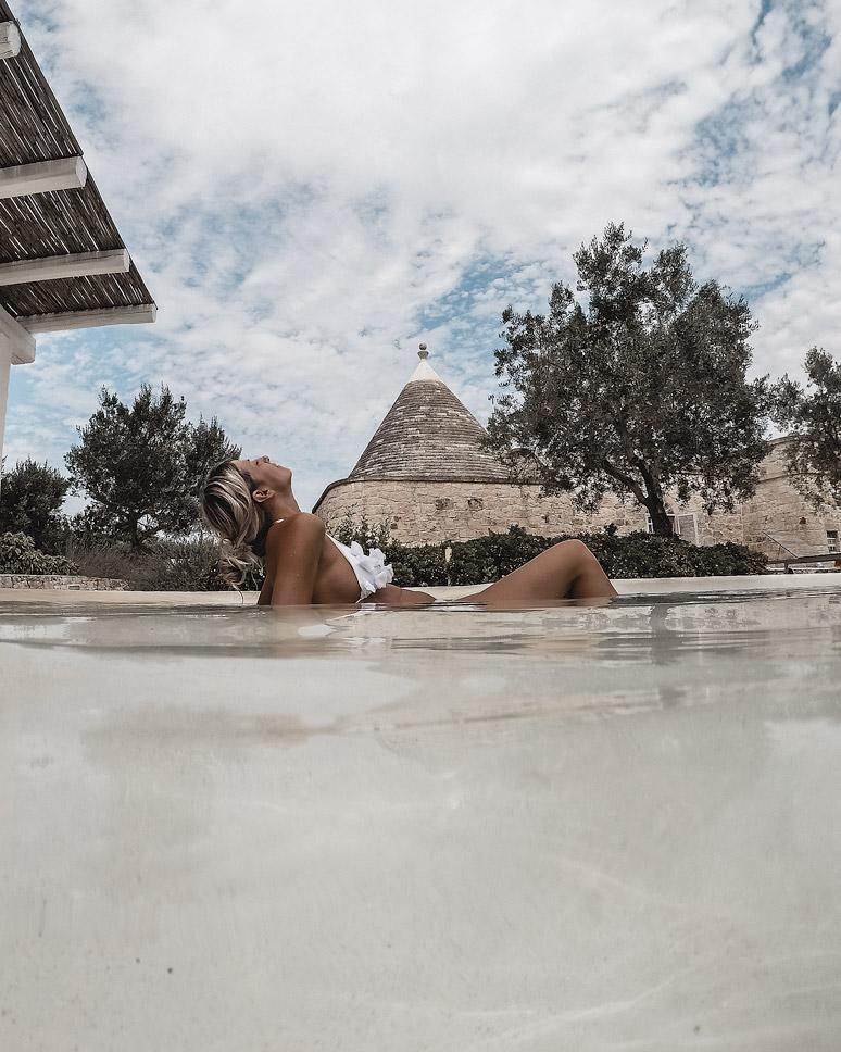 pool, Trullo, Italy, Puglia