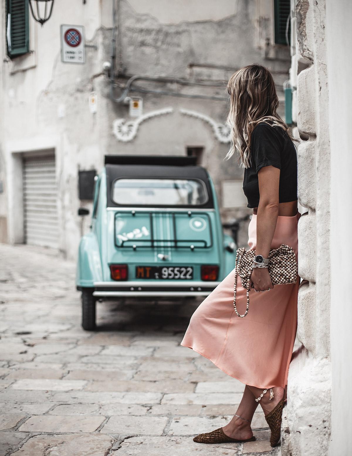 car, 2VC, Monopoli, Puglia, Italy, white houses