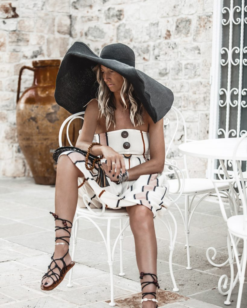 trullo, earth tones, tripes, oversized hat, puglia, Italy